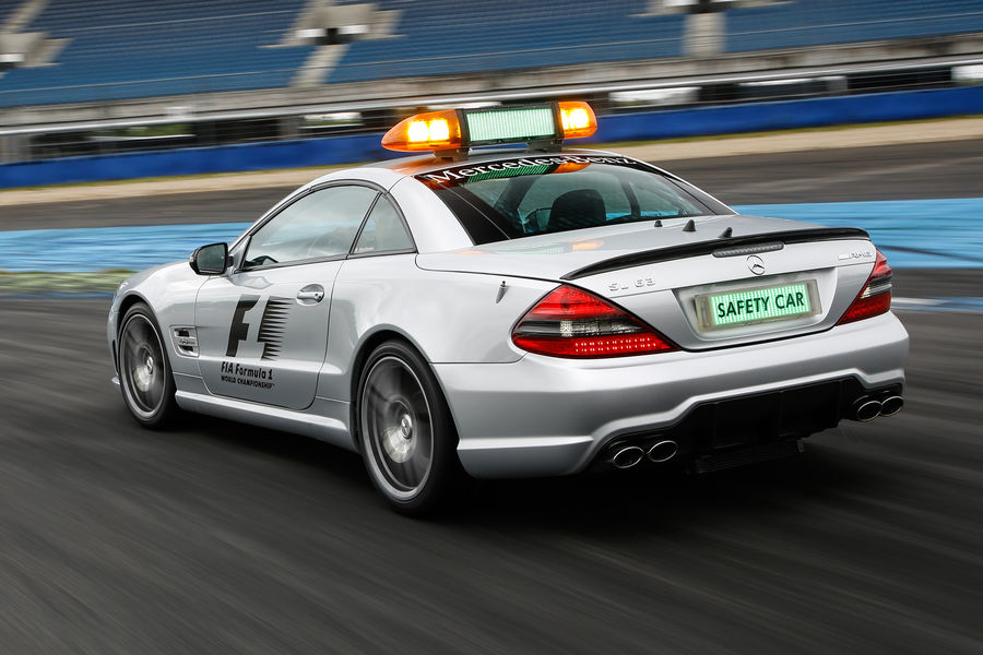 mercedes-safety-cars-28-450x300@2x