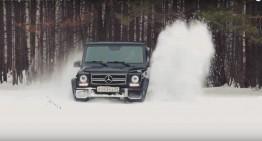 Iarna nu s-a terminat – Mercedes G-Class se joacă în zăpadă!