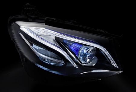 MULTIBEAM LED 2017-Mercedes-Benz-E-Class