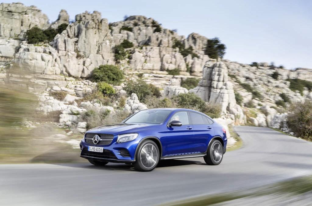 Învingătorul ia totul! Mercedes își mărește avansul față de BMW în cursa vânzărilor de mașini premium