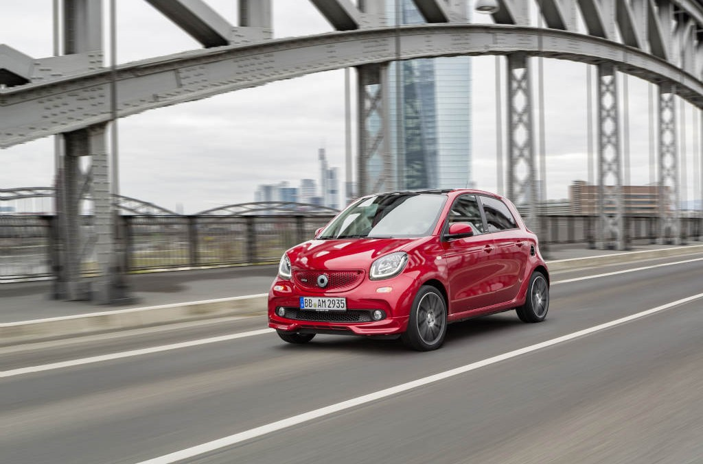 Petrecere mare pentru cea mai mică mașină – 2 milioane de smart-uri vândute