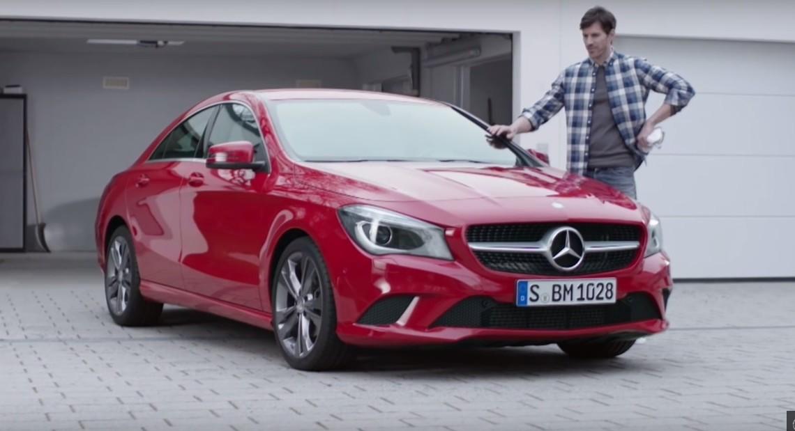 Mașina, mereu pe primul loc – Mercedes face reclamă la produse de întreținere