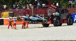 Coșmar în Barcelona! Ambele monoposturi Mercedes ies din primul tur!