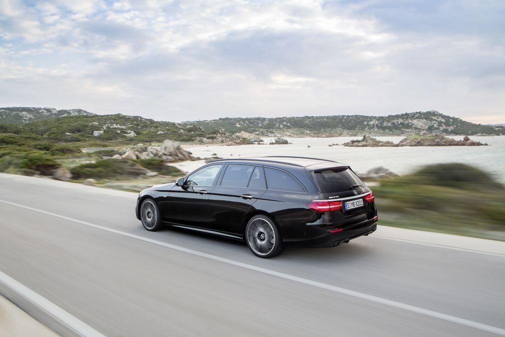 Oficial: noul Mercedes-AMG E 43 4Matic Estate