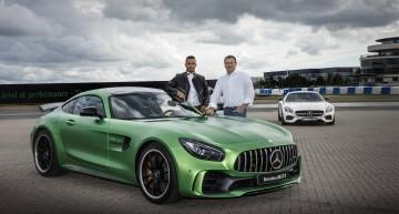 Mercedes-AMG GT R creează dependență! Campionul mondial Hamilton vrea o ediție specială