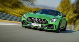 Doar 2.000 de unități pentru supercarul Mercedes-AMG GT cu 585 PS
