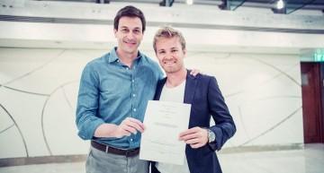 Nico Rosberg semnează un nou contract pe 2 ani cu Mercedes-AMG PETRONAS