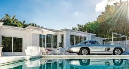Un Mercedes-Benz 300 SL gullwing în dormitor și o familie obsedată de mașini