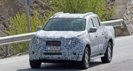 VIDEO. Mercedes GLT: primul pick-up al companiei, spionat.