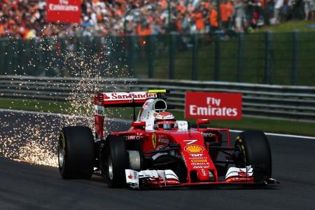 Spa Hamilton and Rosberg (2)