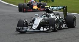 Rosberg face legea la Spa, Hamilton face surpriza: pe podium de pe penultimul loc