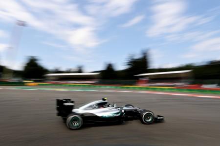 Spa Hamilton and Rosberg (5)