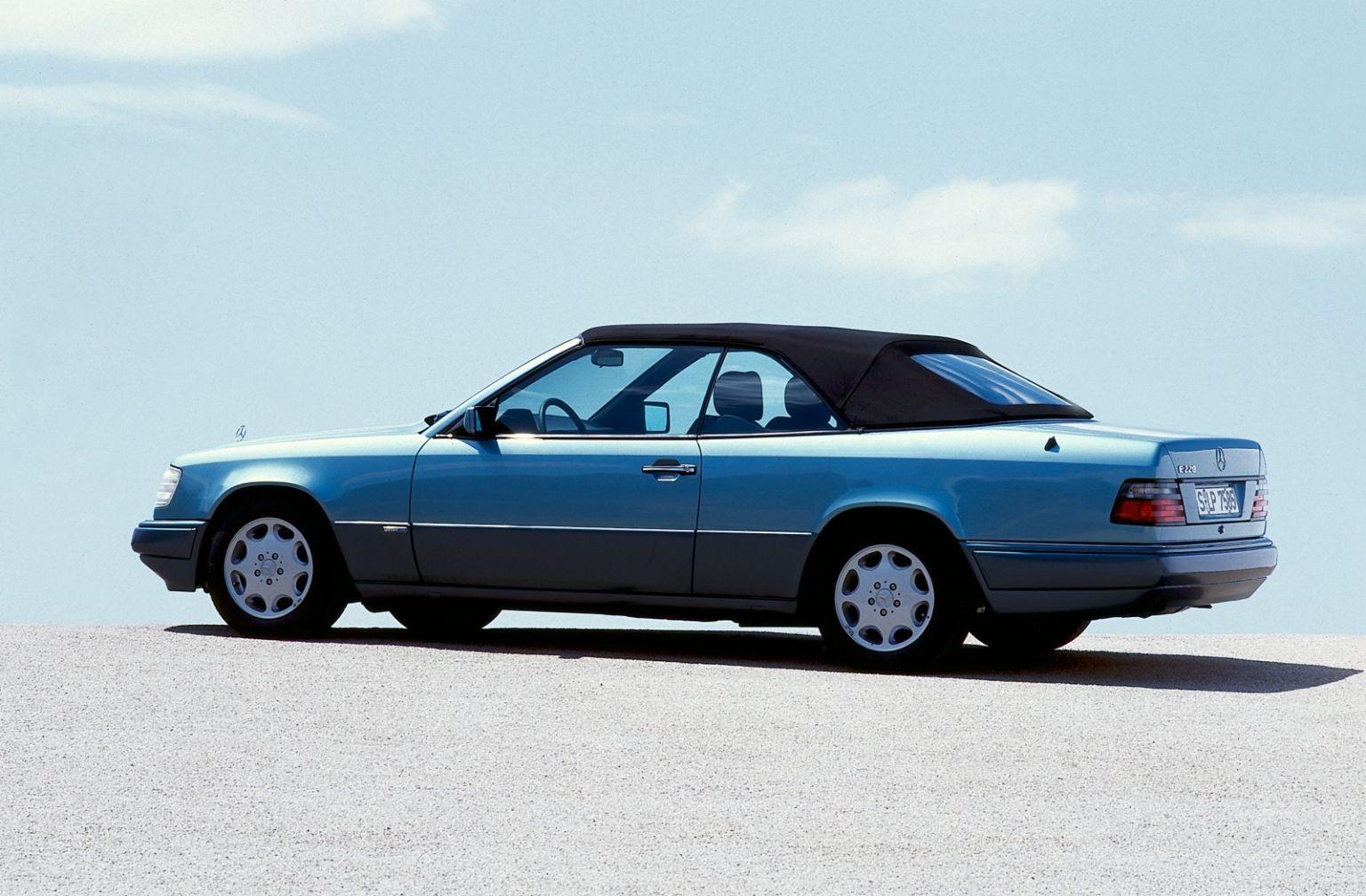 e-class-cabriolet-1-768x504@2x