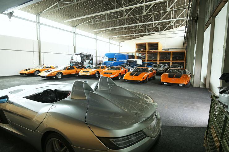 mercedes-benz-museum-vault-9