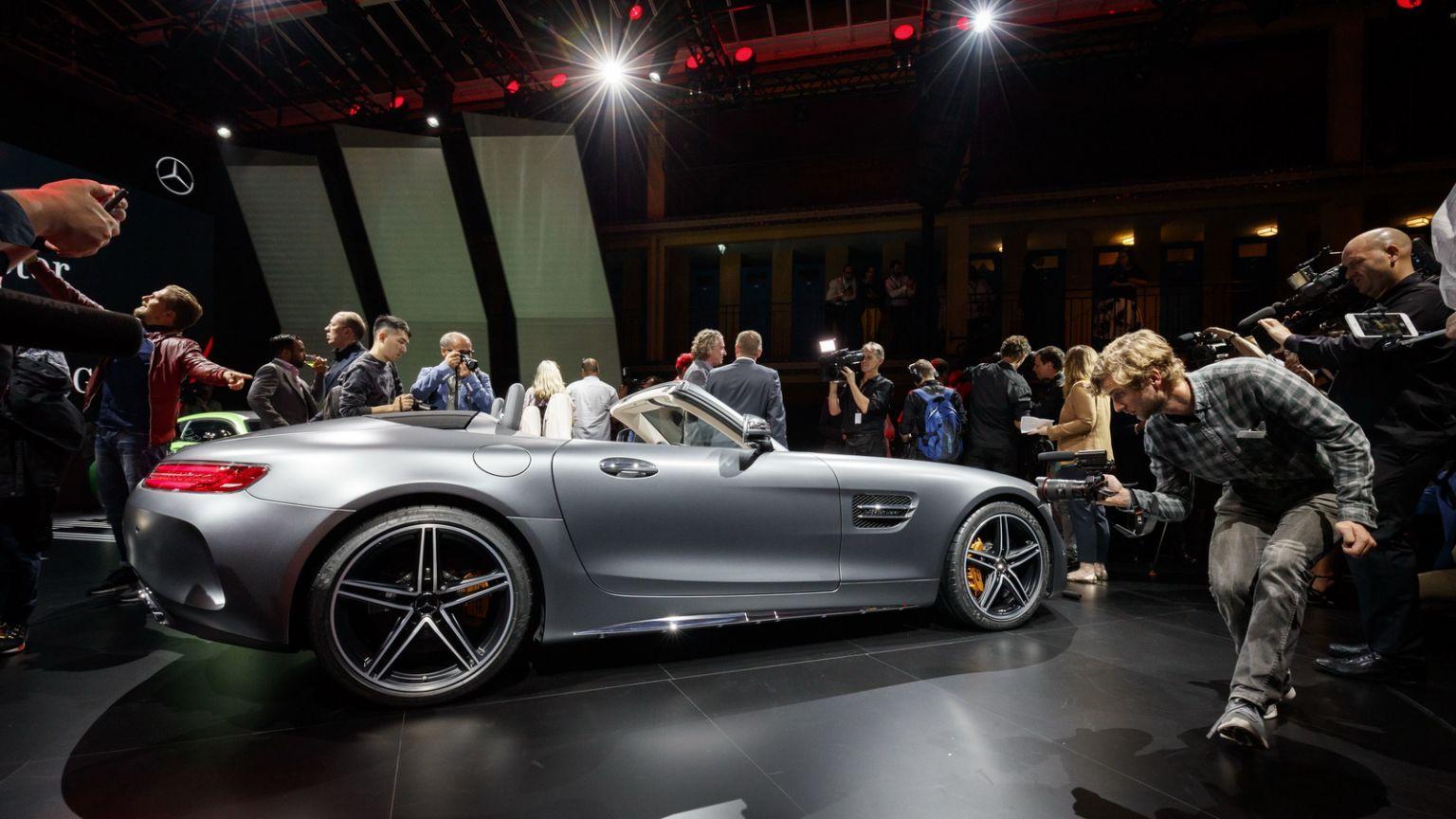 Mercedes-AMG-GTC-Roadster-10-768x432@2x