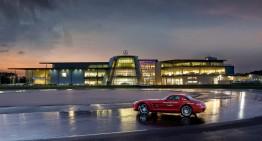 Cameră cu vedere la circuit – Mercedes-Benz World