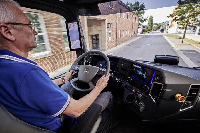 Mercedes-Benz e-Truck (1)