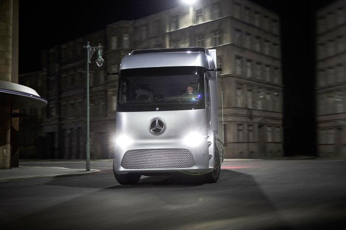 Mercedes-Benz e-Truck (6)