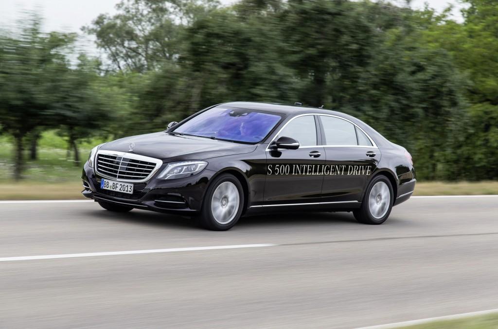 Mercedes-Benz câștigă premiul pentru tehnologia de rulare autonomă