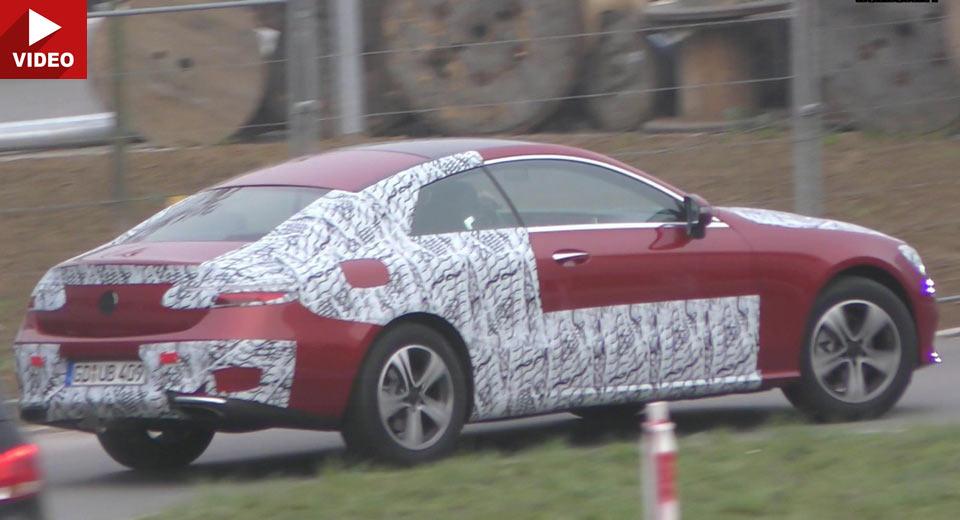 Mercedes E-Class Coupe 2018, aproape nedeghizat într-o nouă filmare spion