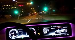 Party like a Russian! Fiica unui milionar rus gonește prin Moscova cu noul său Mercedes