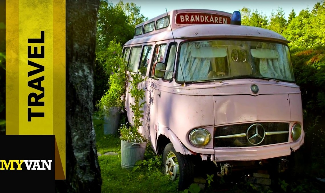 Mercedes-Benz L 406: O cameră de închiriat