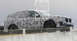 BMW X7 vrea să joace de la egal la egal cu Mercedes GLS