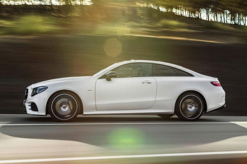 Mercedes-Benz E-Class Coupe (10)