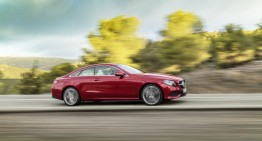 A apărut primul clip cu Mercedes-Benz E-Class Coupe
