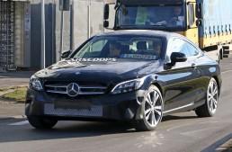 Mercedes C-Class Coupe primește un facelift timpuriu – PRIMELE FOTOGRAFII SPION