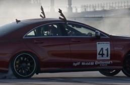 Moș Crăciun e furios și iute într-un Mercedes-AMG CLS 63