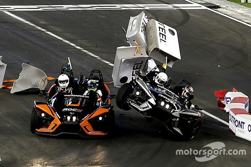 Rosberg nu se prezintă, Montoya învinge în Cursa Campionilor, Wehrlein se răstoarnă