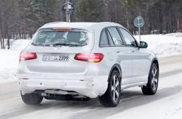 Mercedes-EQ a ieșit la zăpadă și testează deghizat