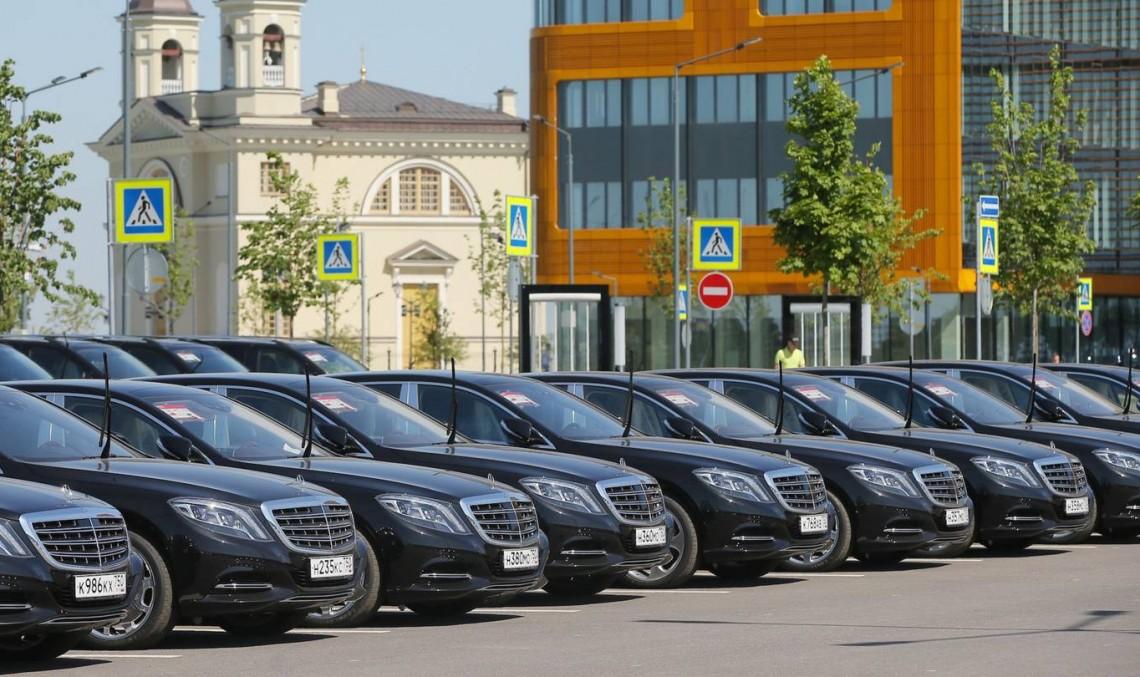 Uber semnează un parteneriat cu Mercedes-Benz pentru mașinile autonome
