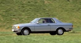 Aniversare de 40 de ani pentru Mercedes C123, bunicul Clasei E Coupe
