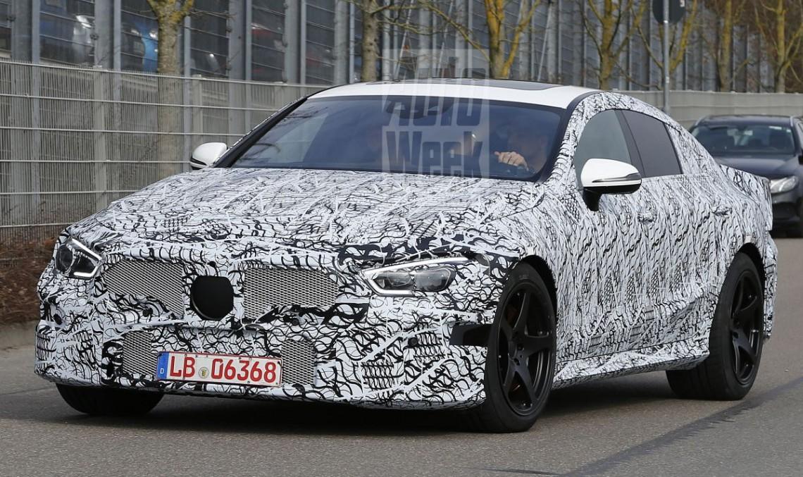 Mercedes-AMG GT4 în versiune apropiată de cea de serie, surprins în premieră