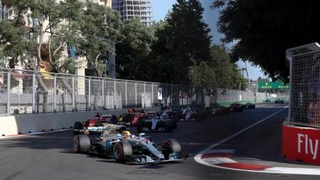 Lewis Hamilton Baku 2